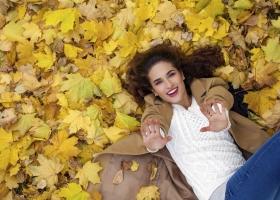 Come contrastare la caduta dei capelli in modo naturale
